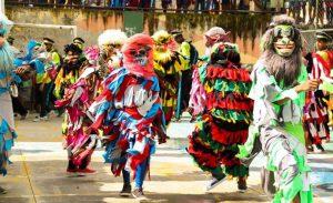 Festas Tradicionais do Brasil Festas - Folia de Reis é uma dessas festas.