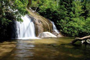 O que fazer em Juiz de Fora em Janeiro? Cachoeiras são ótimas opções para se refrescar