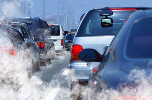 Andar de ônibus também tem suas vantagens - Redução da poluição