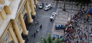 Lei Armamentista - Catedral Metropolitana de Campinas foi alvo de ataque a tiros
