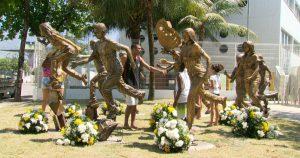 Lei Armamentista - Escola em Realengo constrói homenagem a vítimas do ataque