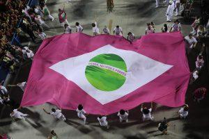 CARNAVAL - Mangueira foi a grande campeã do carnaval do Rio de Janeiro